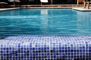 How to hire a commercial pool company in Arizona