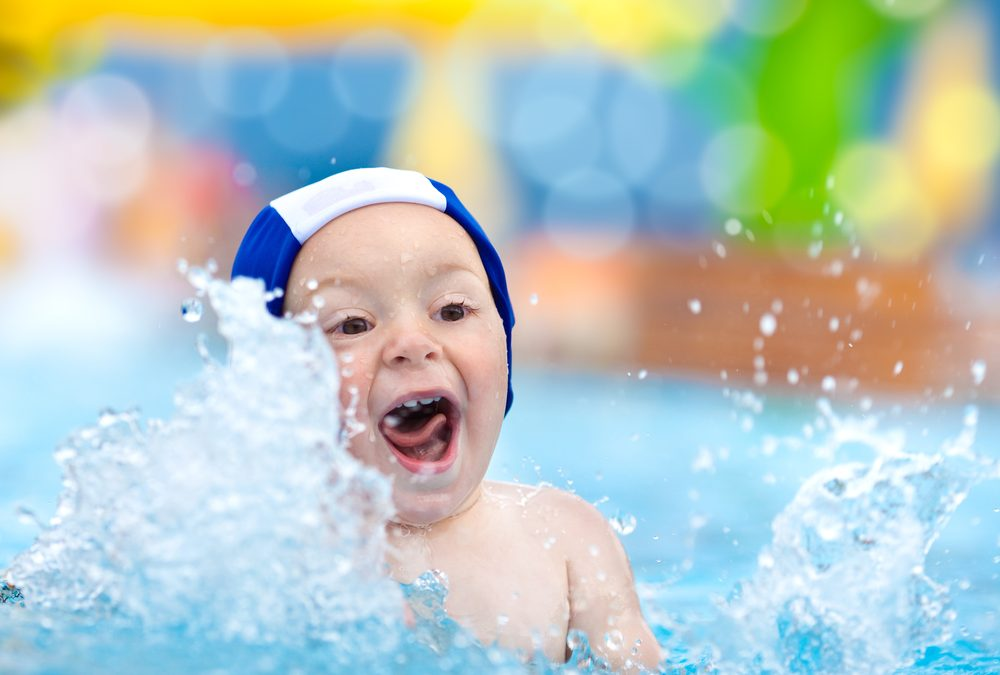 How to limit exposure to chlorine in the swimming pool