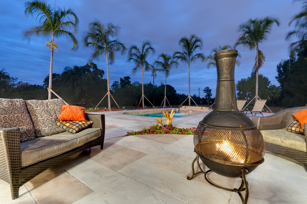 6 Poolside Fire Pit Safety Tips
