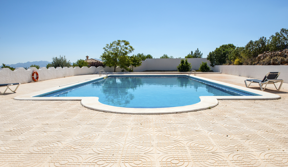 Does pool care vary by region?