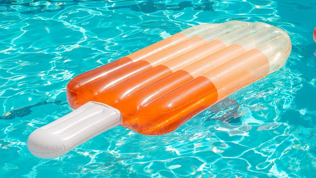 4 Reasons To Replace The Pool Pump